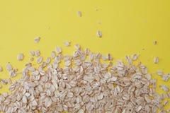 Zdrowa dieta poj?cie Zbo?owy oatmeal na ? obrazy stock