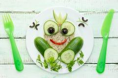 Zdrowa kanapka dla dzieciaka princess kształtnej żaby Fotografia Royalty Free