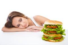 Zdrowa kobieta odrzuca szybkie żarcie odizolowywającego Zdjęcie Stock