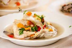 Zdrowa rybia polewka zdjęcia royalty free