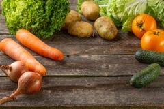 Zdrowego łasowania tła pracowniana fotografia różni owoc i warzywo fotografia stock
