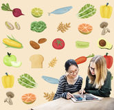 Zdrowego składnika odżywiania Surowy Karmowy pojęcie Zdjęcia Royalty Free
