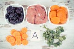 Zdrowi produkty jako źródło witamina A, kopaliny i żywienioniowy włókno, odżywczy łasowania pojęcie obrazy stock