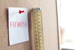 Zdrowy łasowanie diety odchudzanie i ważyć pojęcie z sprawności fizycznej słowem Zdjęcia Royalty Free