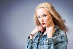 Zdrowy blondynka włosy obrazy royalty free