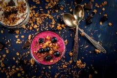 Zdrowy deser jogurt, owocowy smoothie Zdjęcie Royalty Free