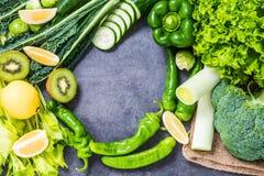 Zdrowy detox zieleni warzyw składników tło obraz stock