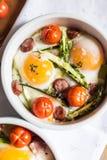 Zdrowy i bogaty śniadanie z fotografia stock
