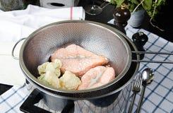 Zdrowy jedzenie, dekatyzująca ryba zdjęcia stock