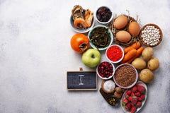 Zdrowy karmowy zawiera jod Produkty bogaci wewnątrz Ja zdjęcia stock