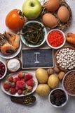 Zdrowy karmowy zawiera jod Produkty bogaci wewn?trz Ja obraz stock