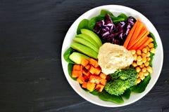 Zdrowy lunchu puchar z foods i mieszanymi warzywami zdjęcie stock