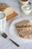 Zdrowy śniadanie: dojna kawa z grzankami Obraz Stock