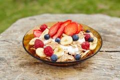 Zdrowy śniadanie na drewnianym stole Zdjęcie Stock