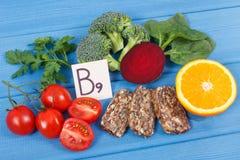 Zdrowy odżywczy jedzenie jako źródło folic kwas, kopaliny, witamina B9 i żywienioniowy włókno, obrazy stock