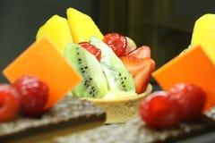 Zdrowy owoc i ciasta SŁODKI deser, UAE NA LUTY 22 2017 Zdjęcia Stock