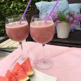 Zdrowy różowy smoothie zdjęcie royalty free