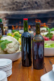 Zdrowy śródziemnomorski posiłek z winem Zdjęcie Royalty Free