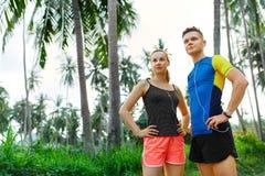Zdrowy Styl życia Biegacz para Przygotowywa Jog Sprawność fizyczna I S Zdjęcie Stock