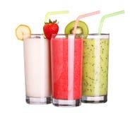 Zdrowy szkło smoothies inkasowy smak na bielu Zdjęcia Royalty Free