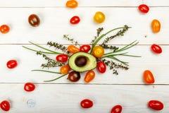 zdrowy tła jedzenie Pracowniana fotografia różni warzywa na starym drewnianym stole Obrazy Royalty Free