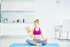 Zdrowy utrzymanie z joga Obraz Royalty Free