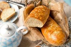 Zdrowy Wiedeń chlebowy baguette z pszenicznym otręby zdjęcia royalty free