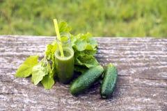 Zdrowy zielony smoothie z szpinakiem Obrazy Royalty Free