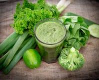 Zdrowy zielony sok Obrazy Royalty Free