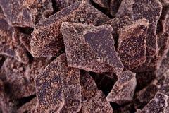 Zdruzgotani kawałki ciemna czekolada Obraz Royalty Free