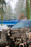 Zdruzgotany samochód od wypadku na drodze, rujnujący samochód Fotografia Stock