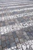 Zebrapad op weg voor kruis de straat Royalty-vrije Stock Fotografie