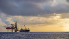 Zeeboringsinstallatie en FPSO-schipfotografie royalty-vrije stock afbeeldingen