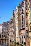 Zeedijk Chanel Houses Amsterdam in primavera immagini stock