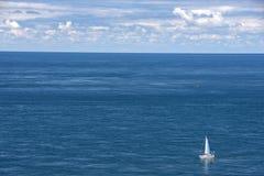 Zeegezicht in Cornwall, zuidwestenengeland Royalty-vrije Stock Afbeeldingen