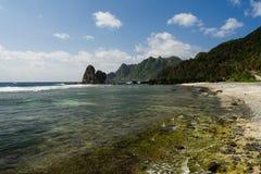Zeegezicht en Landschap van Batanes - Filippijnen Stock Fotografie