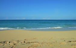 Zeegezicht in Januari op de kust van Cuba Royalty-vrije Stock Afbeelding