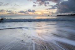 Zeegezicht met zonsopgang in Swanage-baai Stock Fotografie