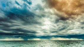 Zeegezicht overzeese horizon en hemel Stock Foto