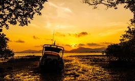 Zeegezicht tijdens zonsondergang Royalty-vrije Stock Fotografie