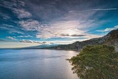 Zeegezicht van de kust van Taormina stock foto