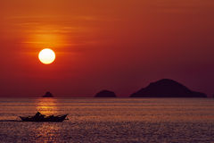 Zeegezichtzonsondergang Palawan Filippijnen Royalty-vrije Stock Afbeeldingen