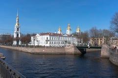 Zeekathedraal nikolo-Epiphany in St. Petersburg, Rusland royalty-vrije stock foto
