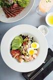 Zeekreeft cobb salade royalty-vrije stock foto's