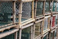 Zeekreeft of Krabvallen op aanhangwagen Stock Afbeeldingen