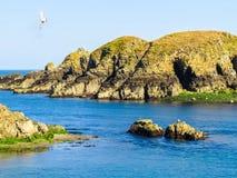Zeekust en mening van de golf op het eiland royalty-vrije stock fotografie
