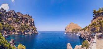 Zeekust van eiland Majorca Dichtbij GLB DE Formentor royalty-vrije stock foto's