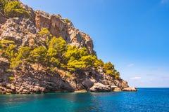 Zeekust van eiland Majorca Dichtbij GLB DE Formentor stock foto's