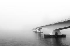Zeeland bro Oosterschelde Arkivfoton
