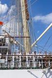 Zeelieden op het Poolse opleidingsschip Dar Mlodziezy Royalty-vrije Stock Afbeeldingen